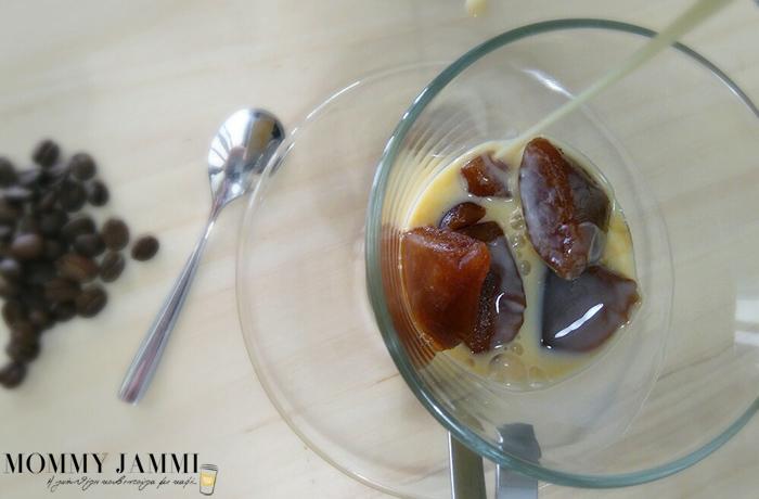 iced-vanilla-coffee-mommyjammi-6