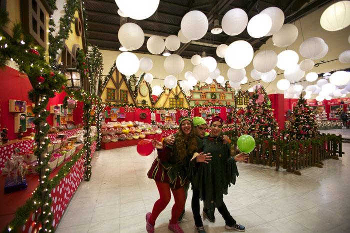 the-christmas-factory-diagwnismos-me-10-diples-prosklhseis5
