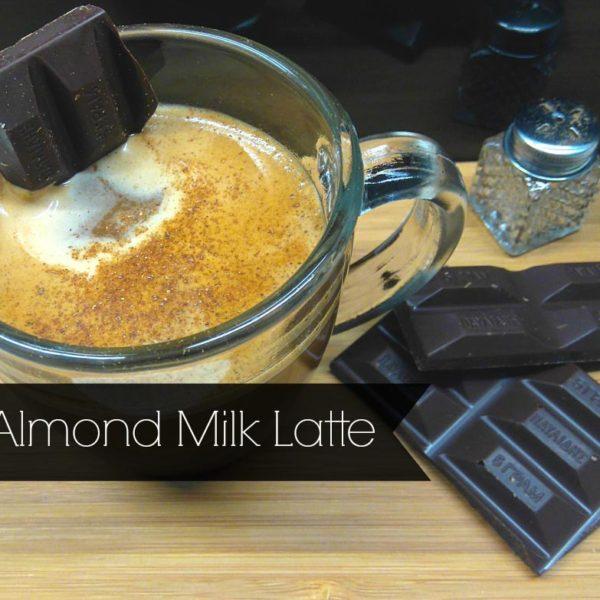 almond-milk-latte-h-alliws-espresso-me-gala-amygdaloy-kai-kakao-mommyjammi1