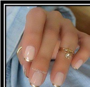 french-manicure-taseis-gia-to-fthinopwro-xeimwna-2018-mommyjammi3